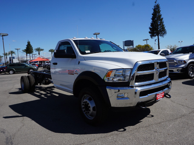 2016 Ram 5500 Regular Cab DRW, Cab Chassis #B58279 - photo 5