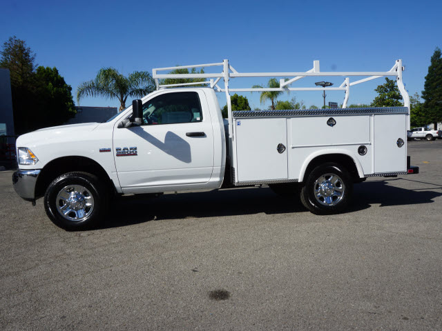 2016 Ram 3500 Regular Cab, Royal Service Body #B58490 - photo 11