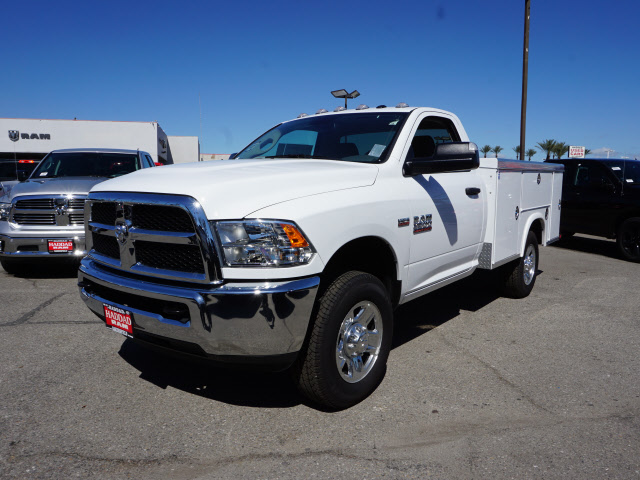 2016 Ram 3500 Regular Cab, Royal Service Body #B58490 - photo 3