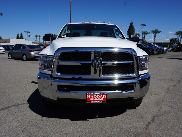 2016 Ram 3500 Regular Cab, Royal Service Body #B58490 - photo 4