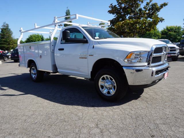 2016 Ram 3500 Regular Cab, Royal Service Body #B58490 - photo 5