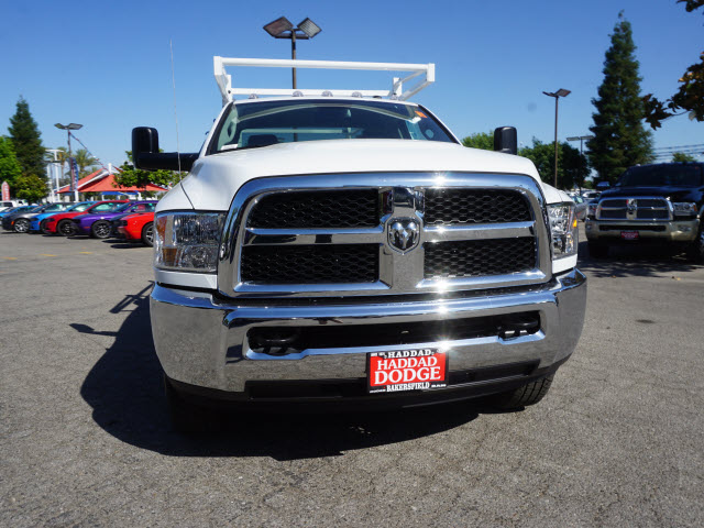 2016 Ram 3500 Regular Cab, Royal Service Body #B58491 - photo 3