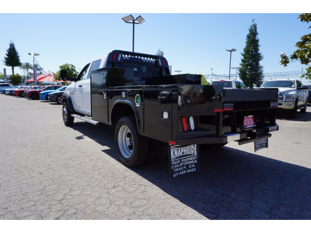 2016 Ram 5500 Crew Cab DRW 4x4, Knapheide Hauler Body #B58522 - photo 2