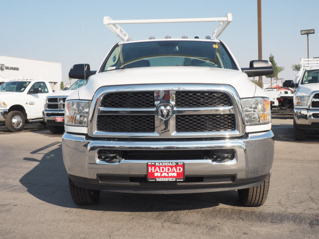 2016 Ram 3500 Crew Cab DRW, Service Body #B58825 - photo 3