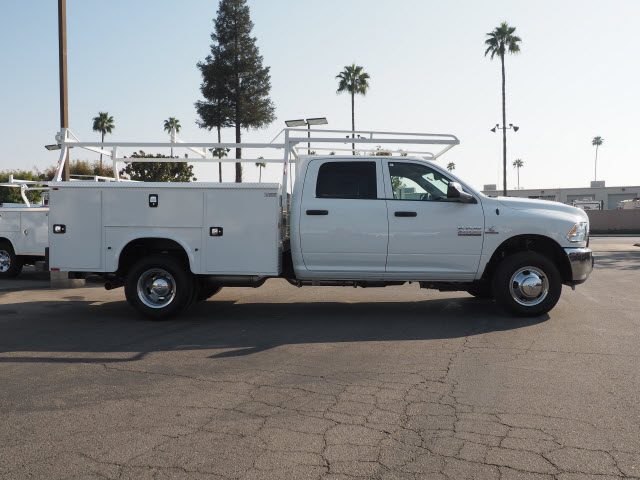 2016 Ram 3500 Crew Cab DRW, Service Body #B58825 - photo 6