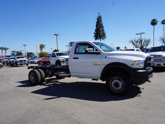 2017 Ram 5500 Regular Cab DRW, Cab Chassis #B59179 - photo 6