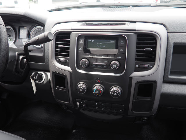 2017 Ram 3500 Regular Cab DRW, Cab Chassis #B59212 - photo 14