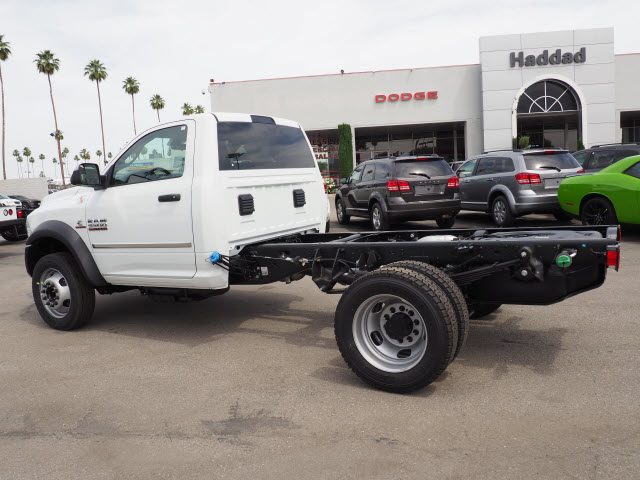2017 Ram 5500 Regular Cab DRW 4x4 Cab Chassis #B59383 - photo 10