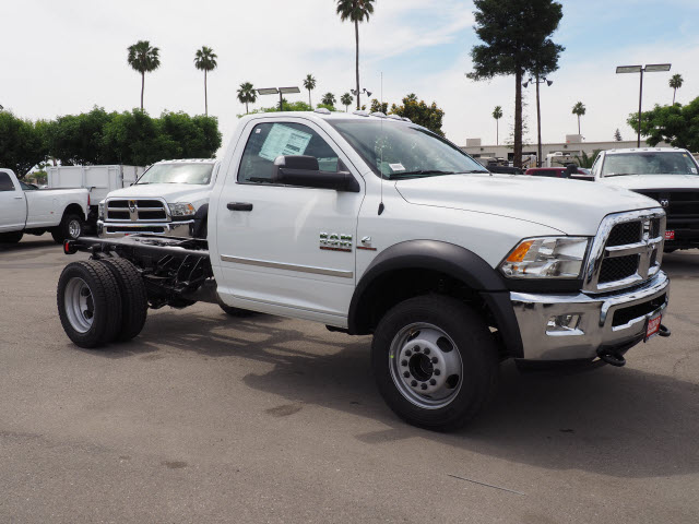 2017 Ram 5500 Regular Cab DRW 4x4 Cab Chassis #B59383 - photo 5