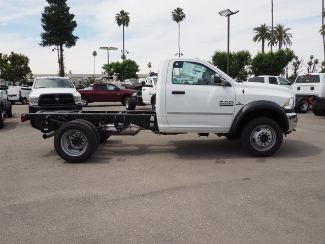 2017 Ram 5500 Regular Cab DRW 4x4 Cab Chassis #B59383 - photo 6