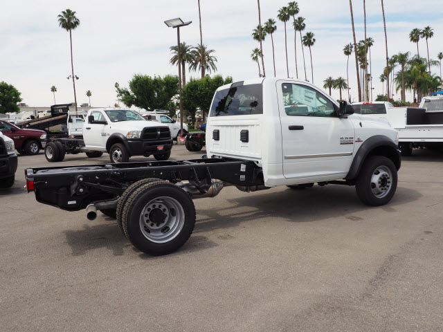 2017 Ram 5500 Regular Cab DRW 4x4 Cab Chassis #B59383 - photo 7