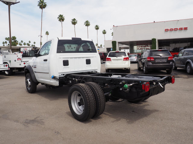 2017 Ram 5500 Regular Cab DRW 4x4 Cab Chassis #B59383 - photo 2