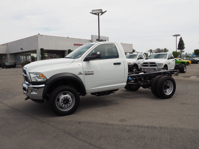 2017 Ram 5500 Regular Cab DRW 4x4 Cab Chassis #B59397 - photo 12