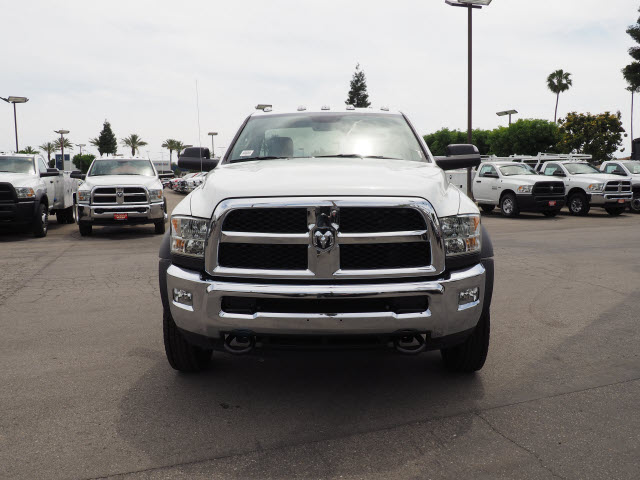 2017 Ram 5500 Regular Cab DRW 4x4 Cab Chassis #B59397 - photo 3
