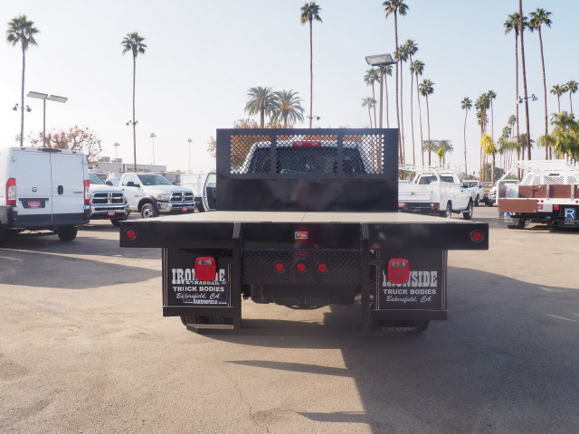 2017 Ram 5500 Regular Cab DRW 4x4 Platform Body #B59397 - photo 9