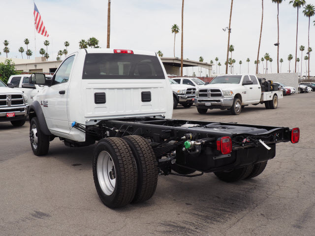 2017 Ram 5500 Regular Cab DRW 4x4 Cab Chassis #B59397 - photo 2