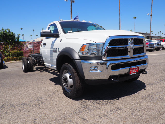 2017 Ram 4500 Regular Cab DRW 4x4, Cab Chassis #B59459 - photo 4