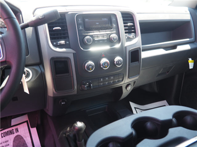 2017 Ram 4500 Regular Cab DRW 4x4, Cab Chassis #B59459 - photo 14
