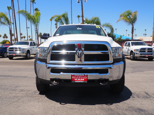 2017 Ram 4500 Regular Cab DRW, Cab Chassis #B59467 - photo 3