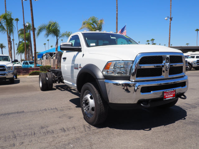 2017 Ram 4500 Regular Cab DRW, Cab Chassis #B59467 - photo 4