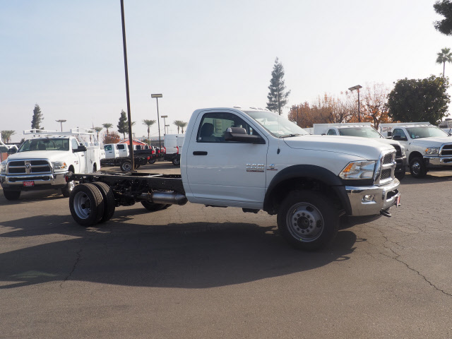 2018 Ram 5500 Regular Cab DRW 4x2,  Cab Chassis #B60006 - photo 5