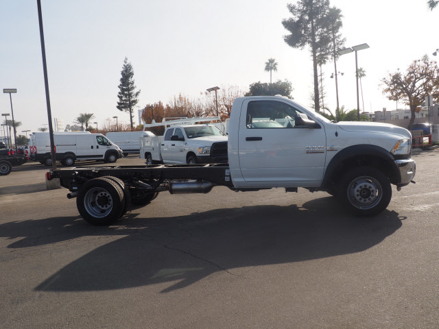2018 Ram 5500 Regular Cab DRW 4x2,  Cab Chassis #B60006 - photo 6