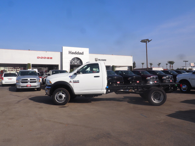 2018 Ram 5500 Regular Cab DRW, Cab Chassis #B60038 - photo 11
