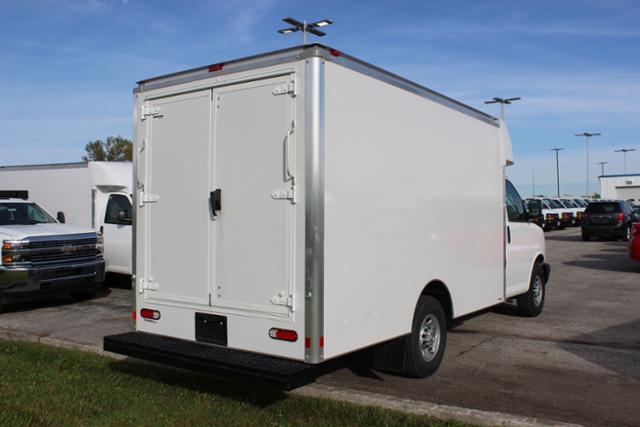 2016 Express 3500, Supreme Cutaway Van #161139 - photo 2