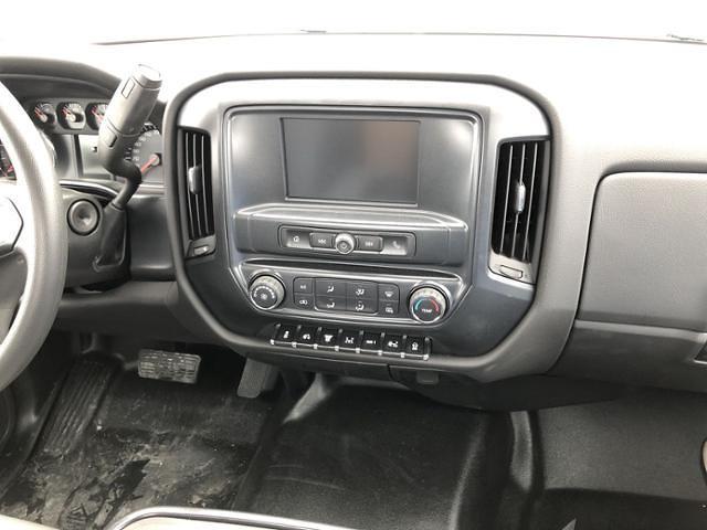 2020 Silverado 5500 Regular Cab DRW 4x2,  Knapheide Value-Master X Platform Body #200673 - photo 13