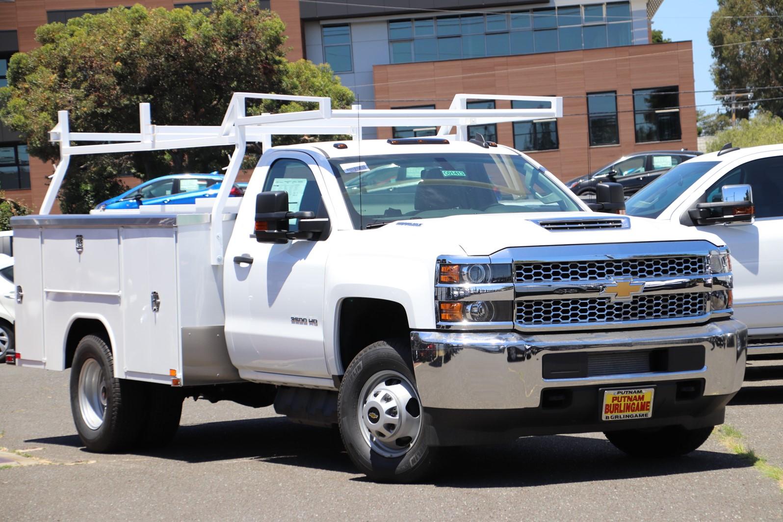 2019 Silverado 3500 Regular Cab Drw 4x2 Harbor Trademaster Service Body Stock C01413