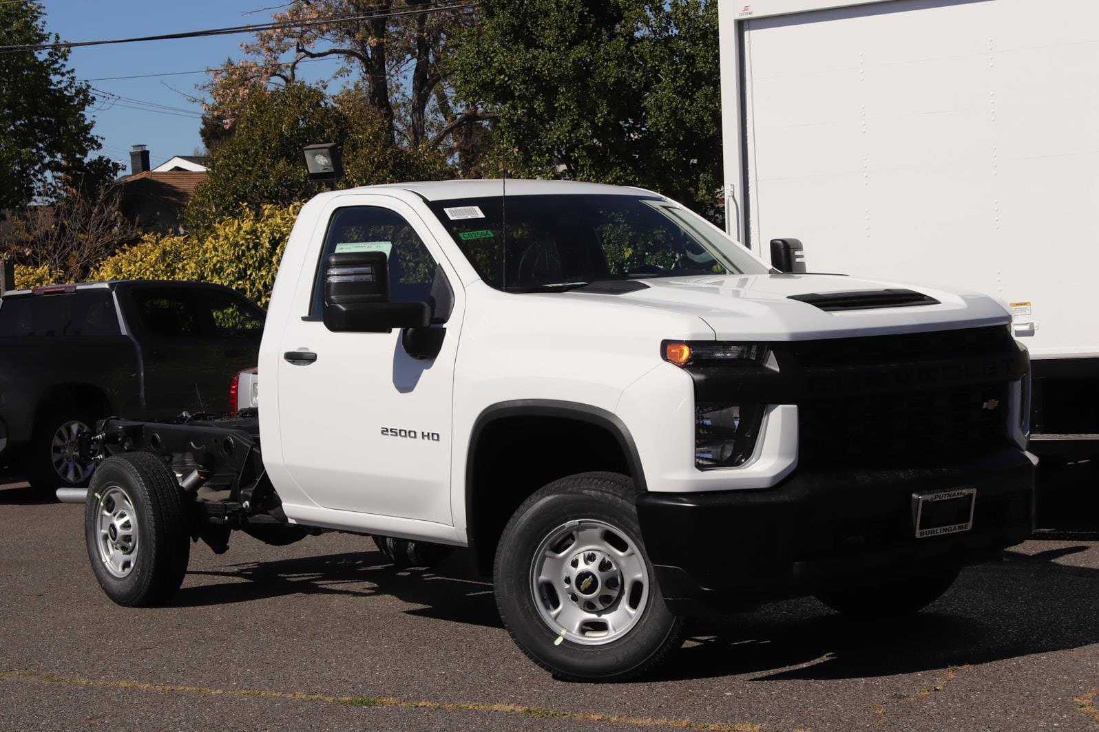 2021 Chevrolet Silverado 2500 Regular Cab 4x2, Cab Chassis #C02564 - photo 1