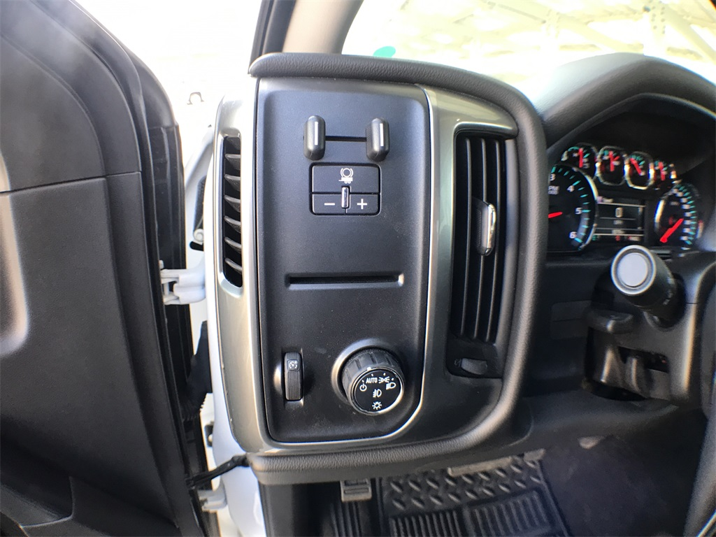 2018 Silverado 1500 Crew Cab, Pickup #904881K - photo 14