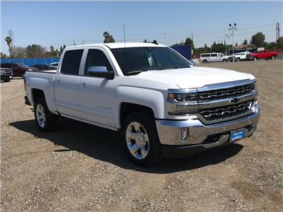 2018 Silverado 1500 Crew Cab, Pickup #906513K - photo 1
