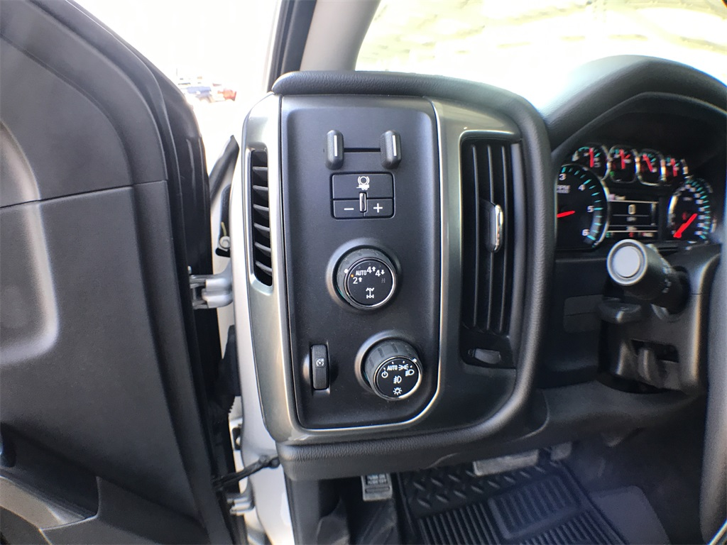2018 Silverado 1500 Crew Cab 4x4,  Pickup #908395K - photo 14