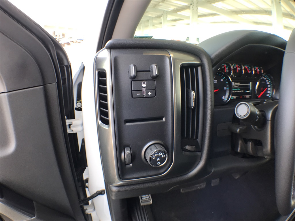 2018 Silverado 1500 Crew Cab 4x2,  Pickup #908553K - photo 14
