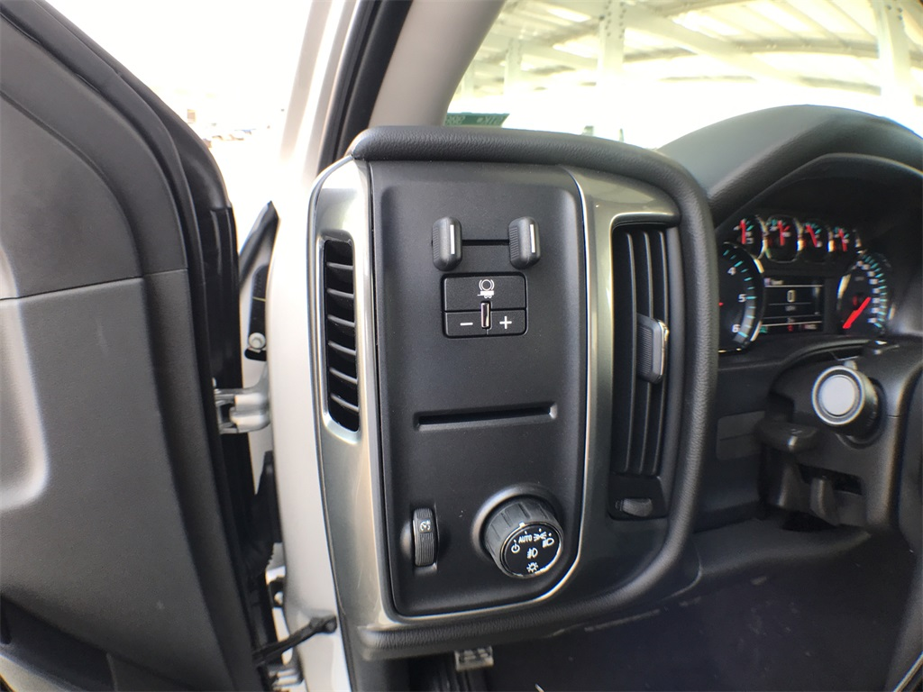 2018 Silverado 1500 Crew Cab 4x2,  Pickup #908603K - photo 14