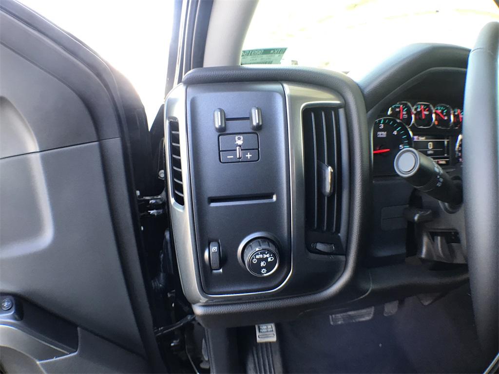 2018 Silverado 1500 Crew Cab 4x2,  Pickup #909154K - photo 12