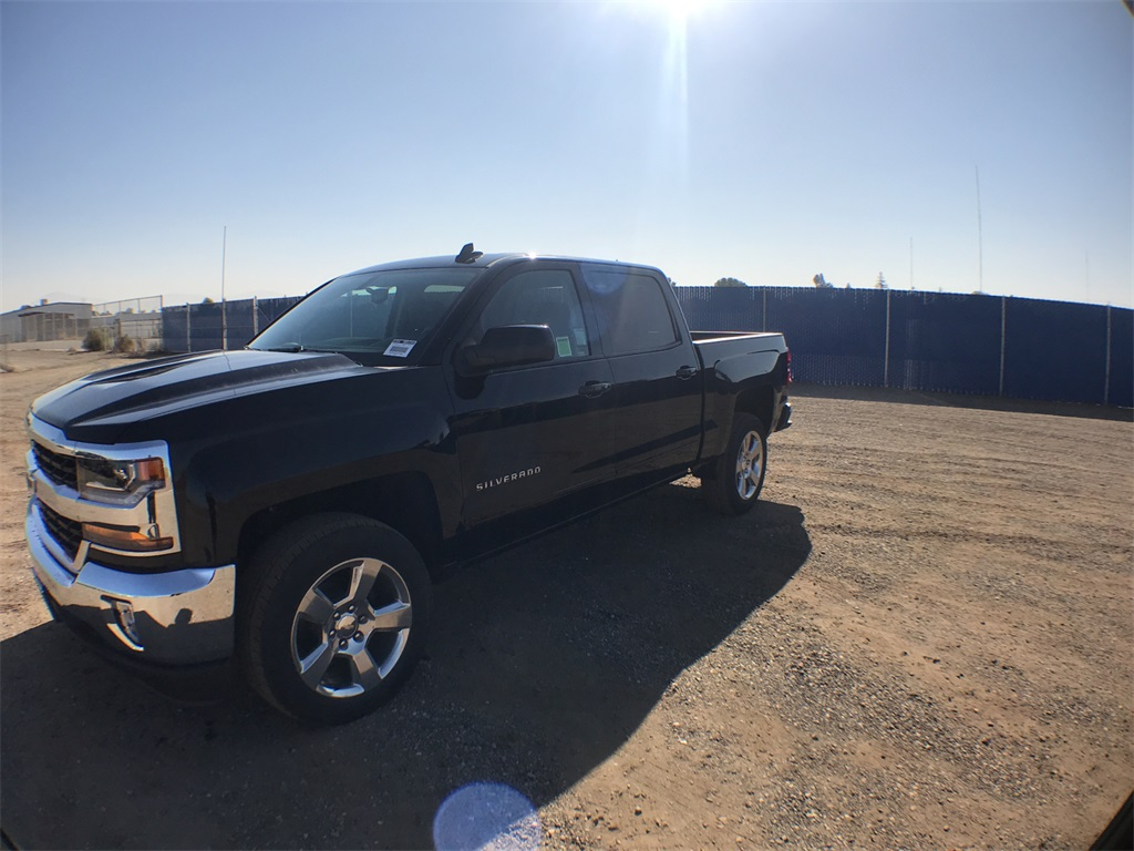 2018 Silverado 1500 Crew Cab 4x2,  Pickup #909154K - photo 1