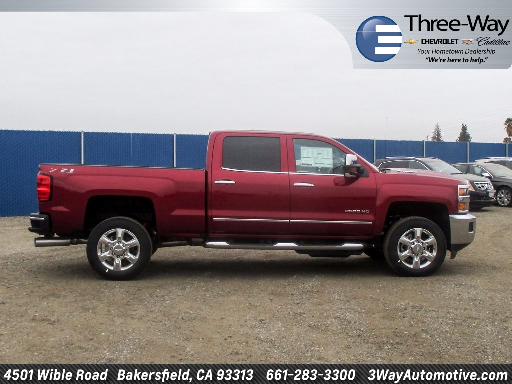 2018 Silverado 2500 Crew Cab 4x4 Pickup #914779K - photo 5