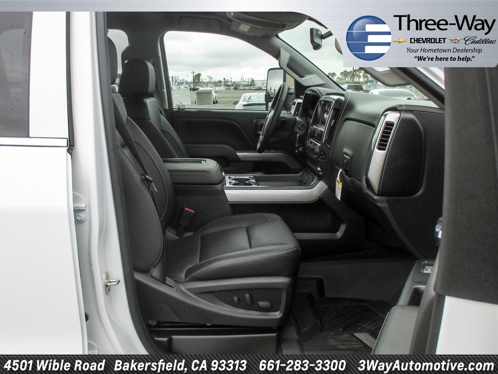 2018 Silverado 3500 Crew Cab 4x4, Pickup #915782K - photo 17