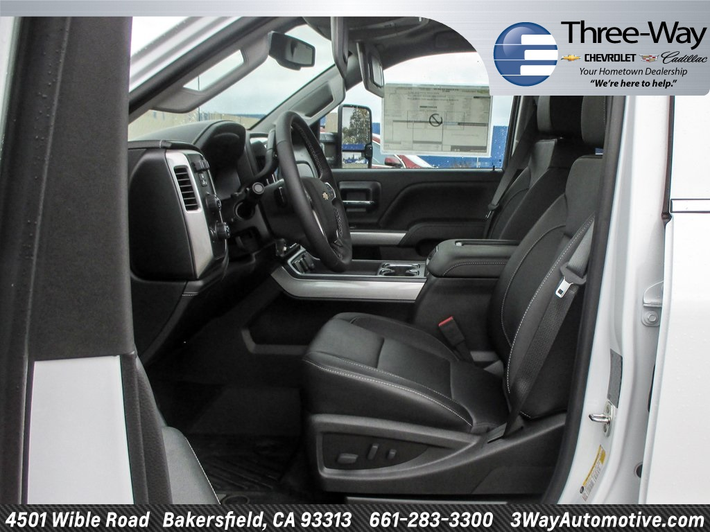 2018 Silverado 3500 Crew Cab 4x4, Pickup #915782K - photo 19