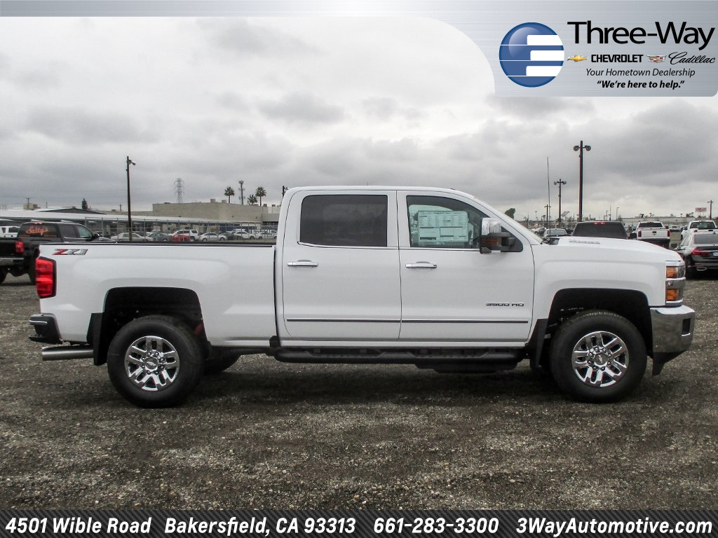 2018 Silverado 3500 Crew Cab 4x4, Pickup #915782K - photo 5