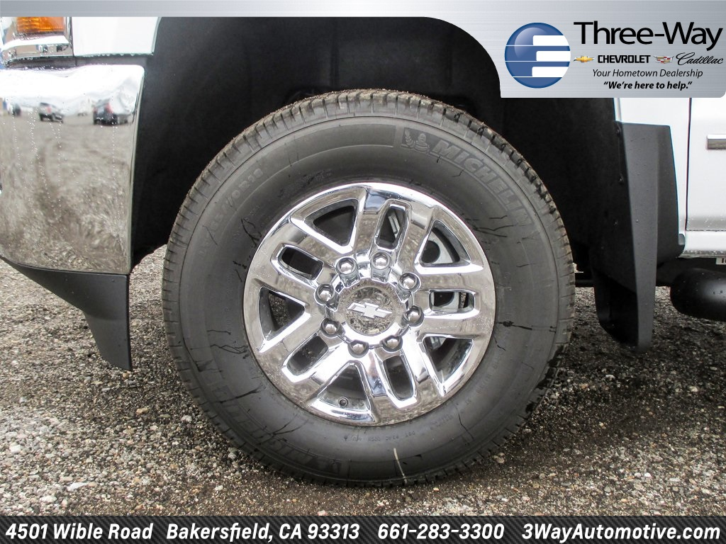 2018 Silverado 3500 Crew Cab 4x4, Pickup #915782K - photo 8