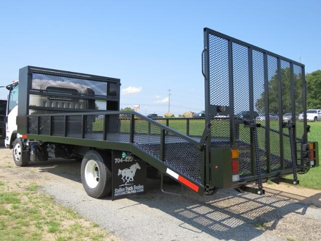 2017 LCF 4500HD Regular Cab 4x2,  Pinto Metal Fabrication Dovetail Landscape #M002076 - photo 2