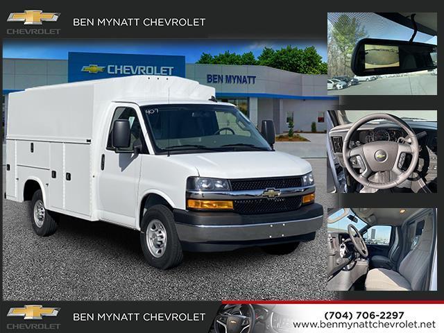 2020 Chevrolet Express 3500 4x2, Knapheide Service Utility Van #M139407 - photo 1