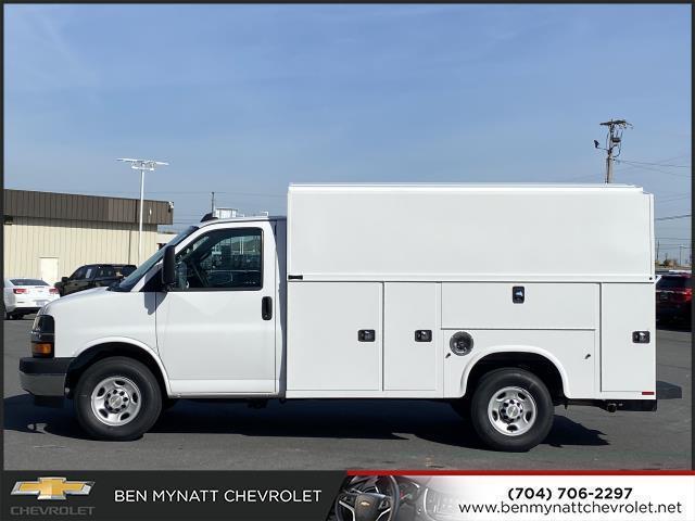 2020 Chevrolet Express 3500 4x2, Knapheide KUV Service Utility Van #M139407 - photo 4