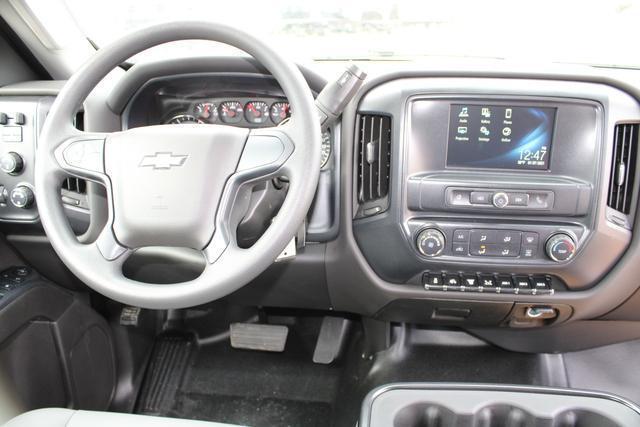 2020 Chevrolet Silverado 5500 Regular Cab DRW 4x4, Knapheide Value-Master X Platform Body #M192631 - photo 21