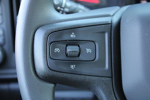 2021 Chevrolet Silverado 3500 Crew Cab 4x4, Platform Body #M194411 - photo 11