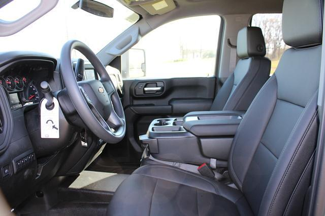 2021 Chevrolet Silverado 3500 Crew Cab 4x4, Platform Body #M194411 - photo 19