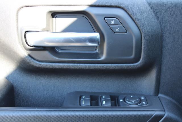 2021 Chevrolet Silverado 3500 Crew Cab 4x4, Platform Body #M194411 - photo 20